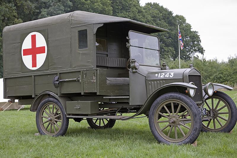 Výsledek obrázku pro funeral car 1919